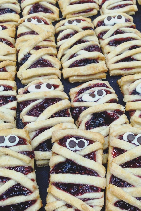 Triple Berry Mummy Hand Pies
